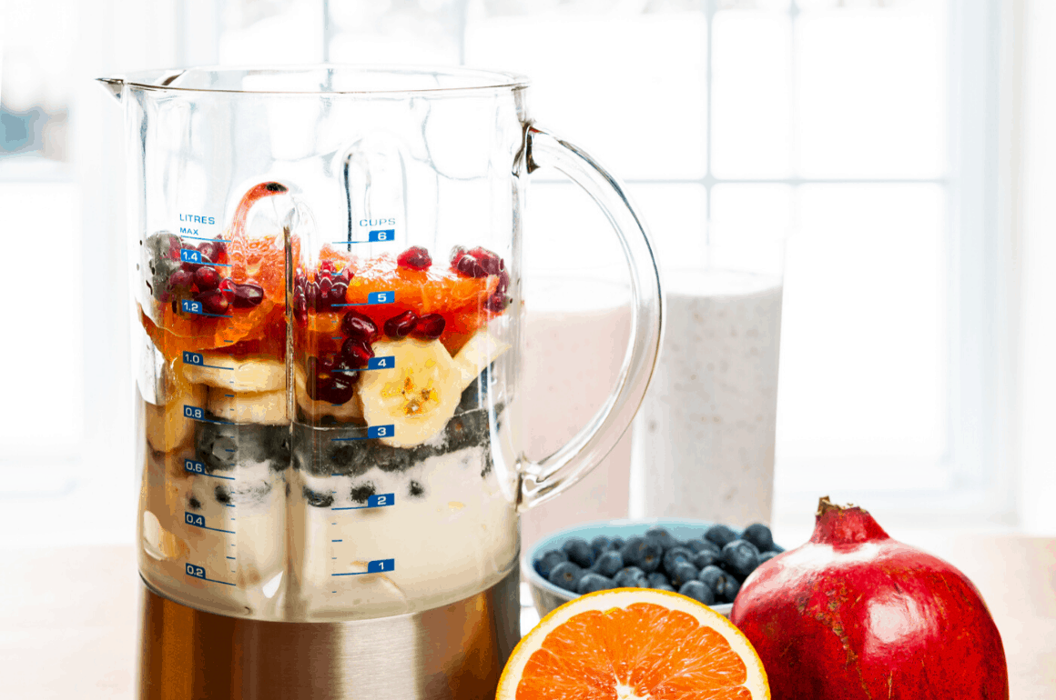 Best Blender for Smoothies in 2020: Detailed Reviews and Buyer's Guide